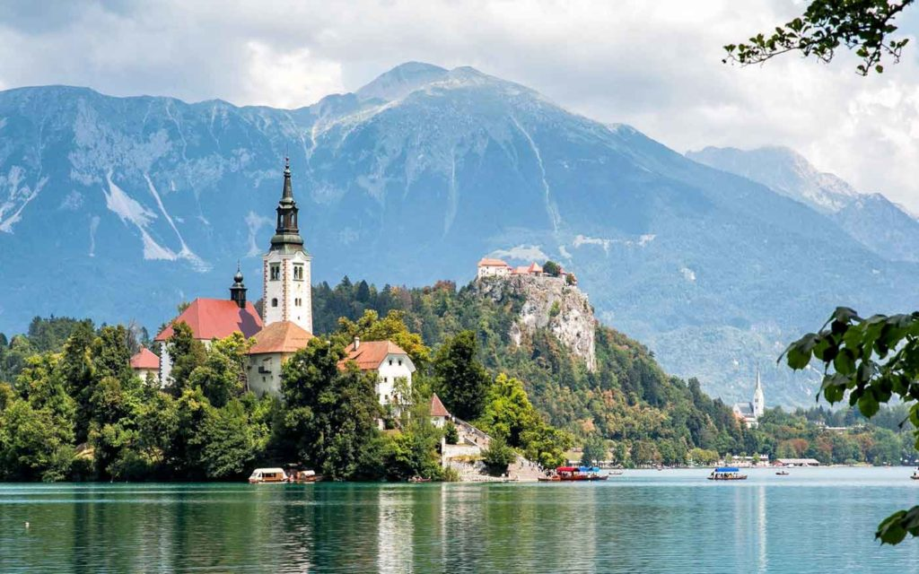 Najkrajšie miesta v Európe - jazero Bled v Slovinsku