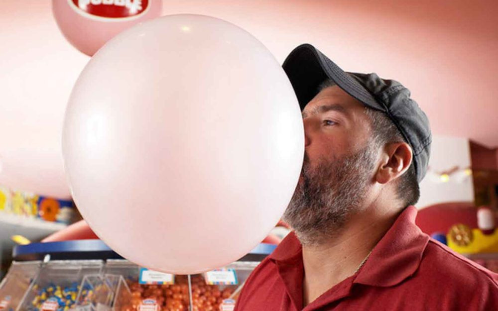 Najbizarnejšie svetové rekordy - najväčšia bublina zo žuvačky